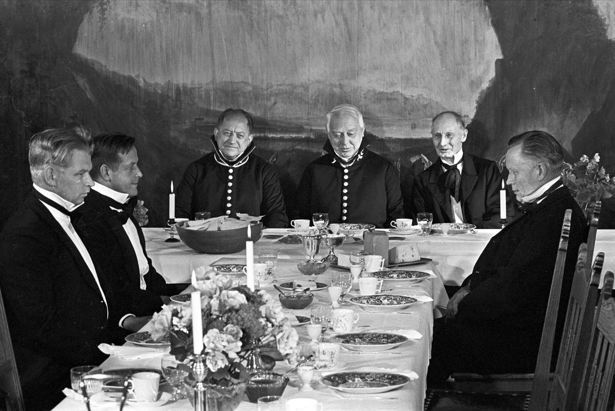 Serie. Innspiling av historisk film, Toten museum, Stenberg, Vestre Toten, Oppland. Fotografert 1962.