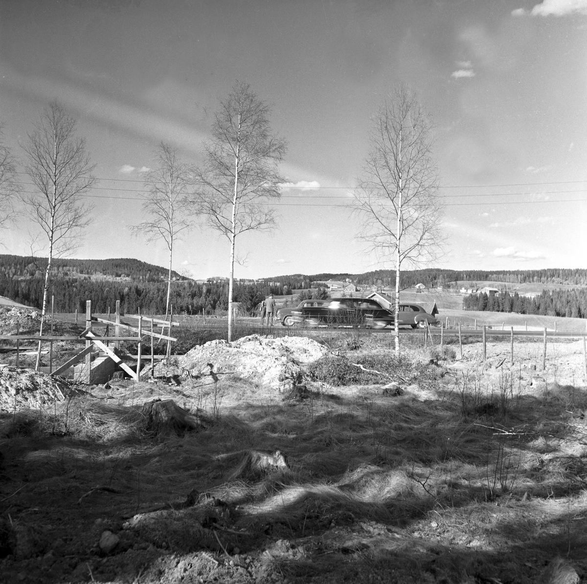 Serie. Ny motorvei fra Oslo til Gardermoen, ant. sett fra en mindre vei.