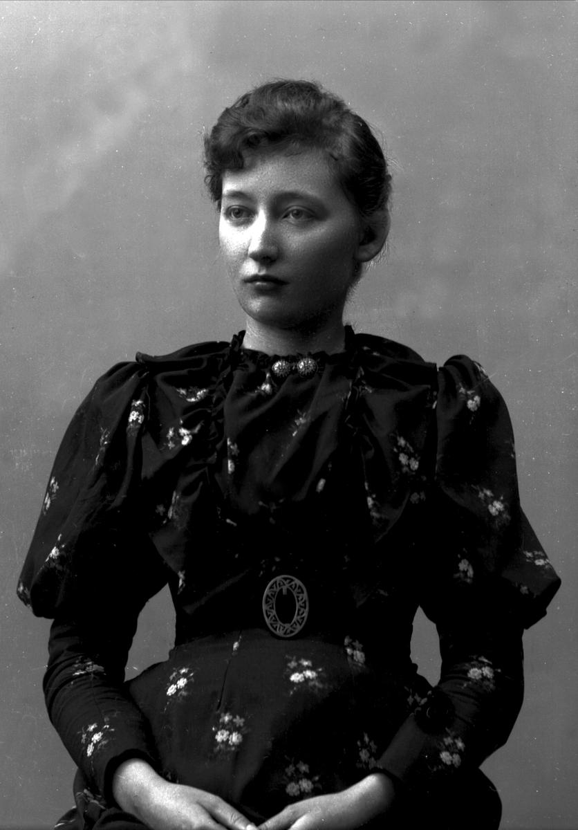 Portrett, Hanna Marie Resvoll-Holmsen (1873-1943), botaniker.