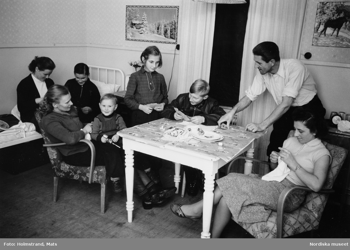 Ungerska flyktingar, Loka brunn.