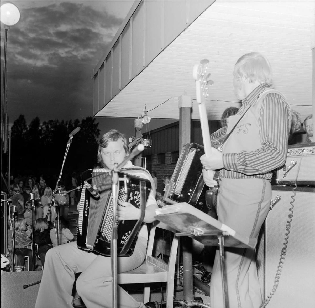 Esplanadkväll i Tierp, Uppland 1973
