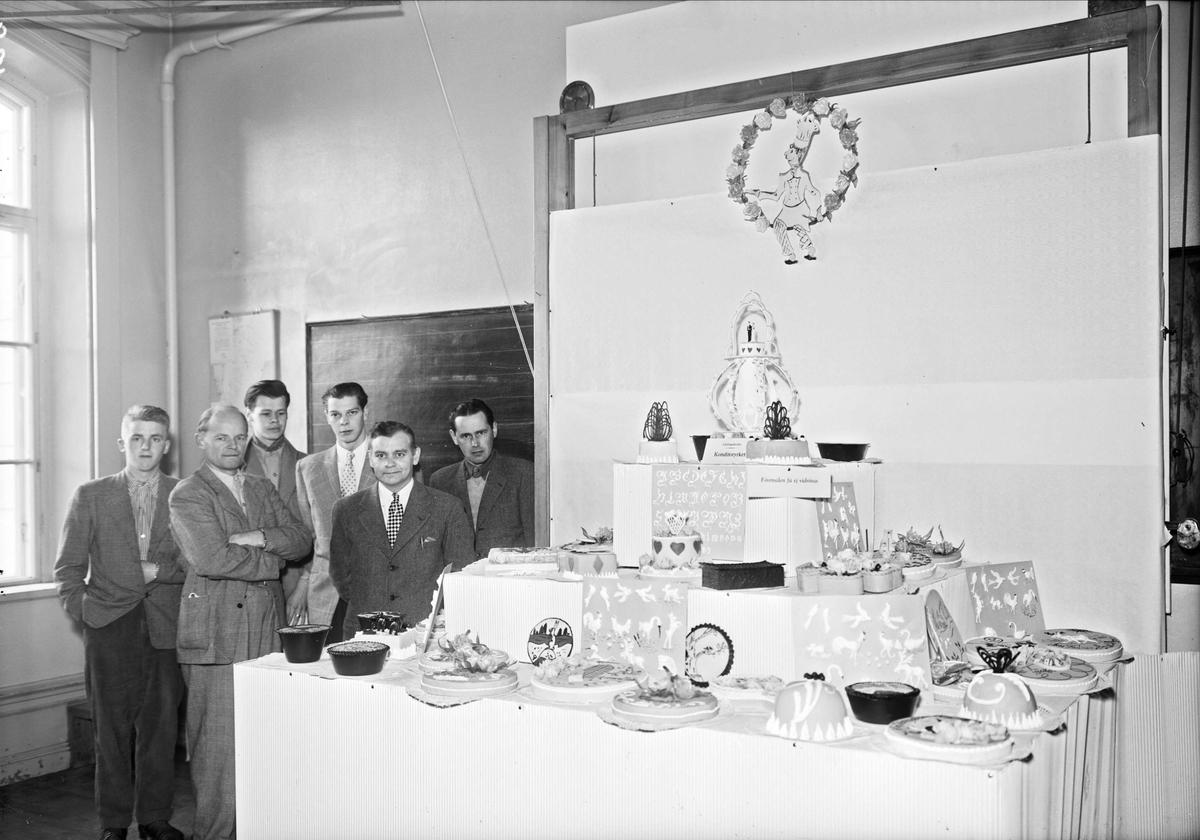 Utställning av bakverk, Tekniska skolan, kvarteret Bredablick, Uppsala maj 1952