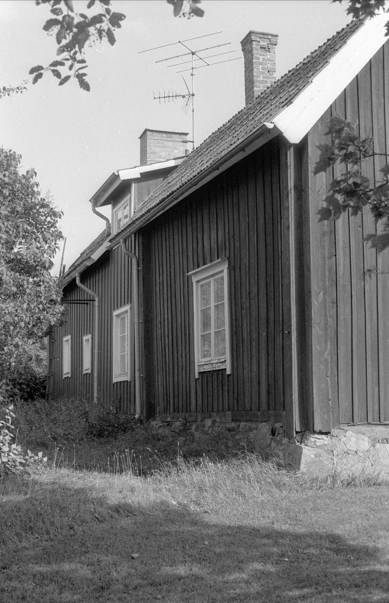Bostadshus, Alsta 1:12, Börje socken, Uppland 1983