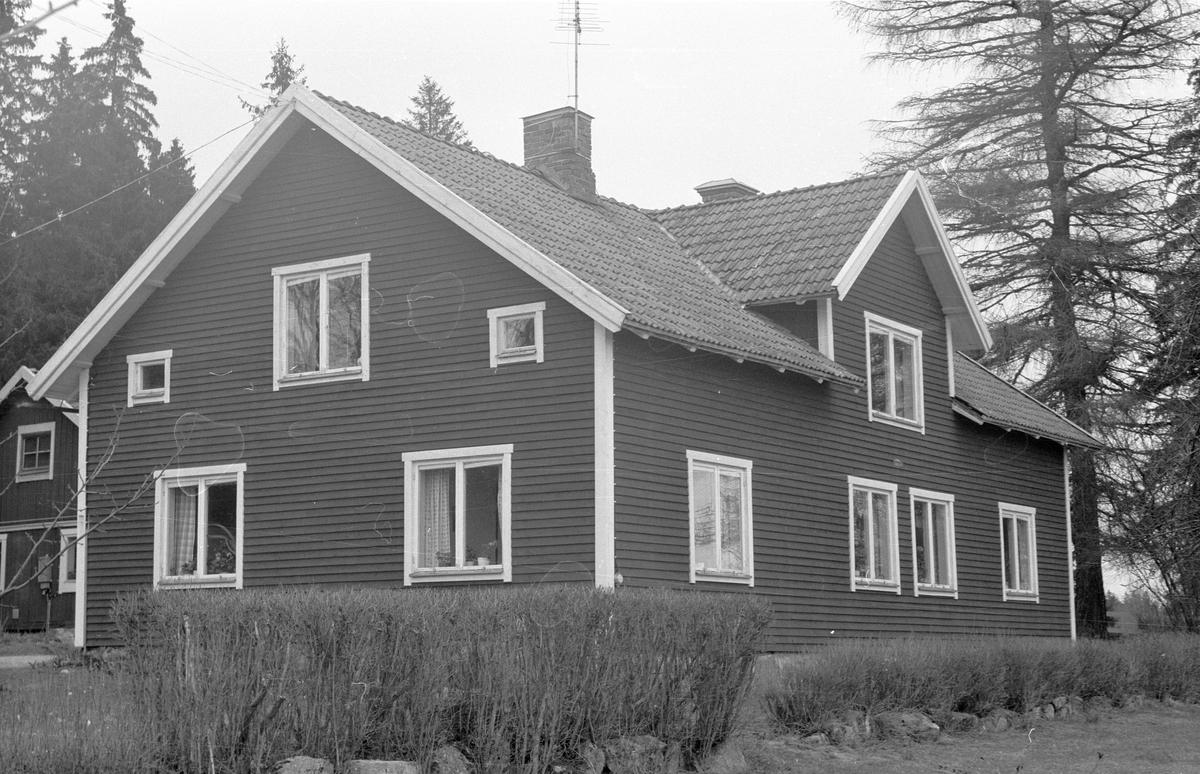 Mangårdsbyggnaden, Husby 4:1, Lilla Husby, Lena socken, Uppland 1977