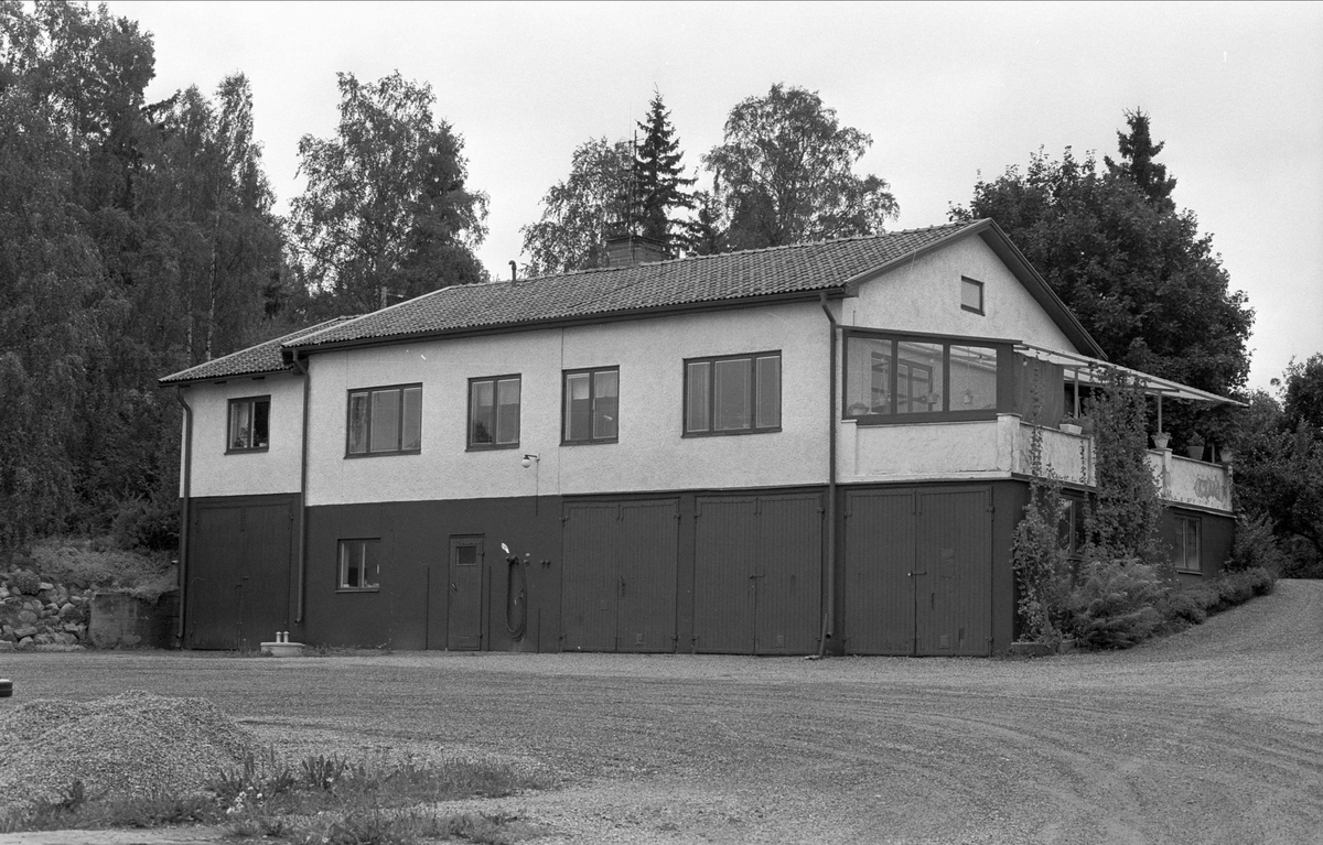 Bostadshus, Liseberg, Hov, Rasbo socken, Uppland 1982