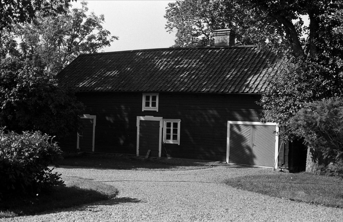 Uthuslänga, Almunge prästgård, Almunge socken, Uppland 1987