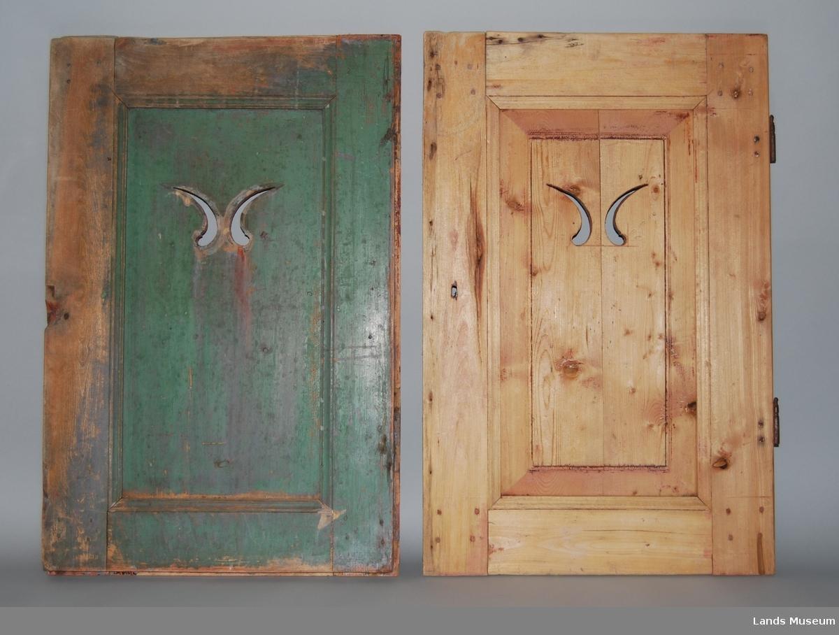 To dører, antagelig fra kjøkkeninnredning eller skap. Grønnmalt på innsiden. Profilert og gjennombrutt dekor. B) har hengsler.