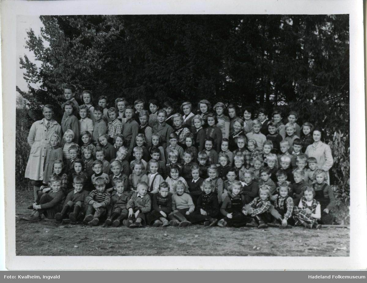 Skolebilder fra Leikvoll skole og Gran framhaldskole