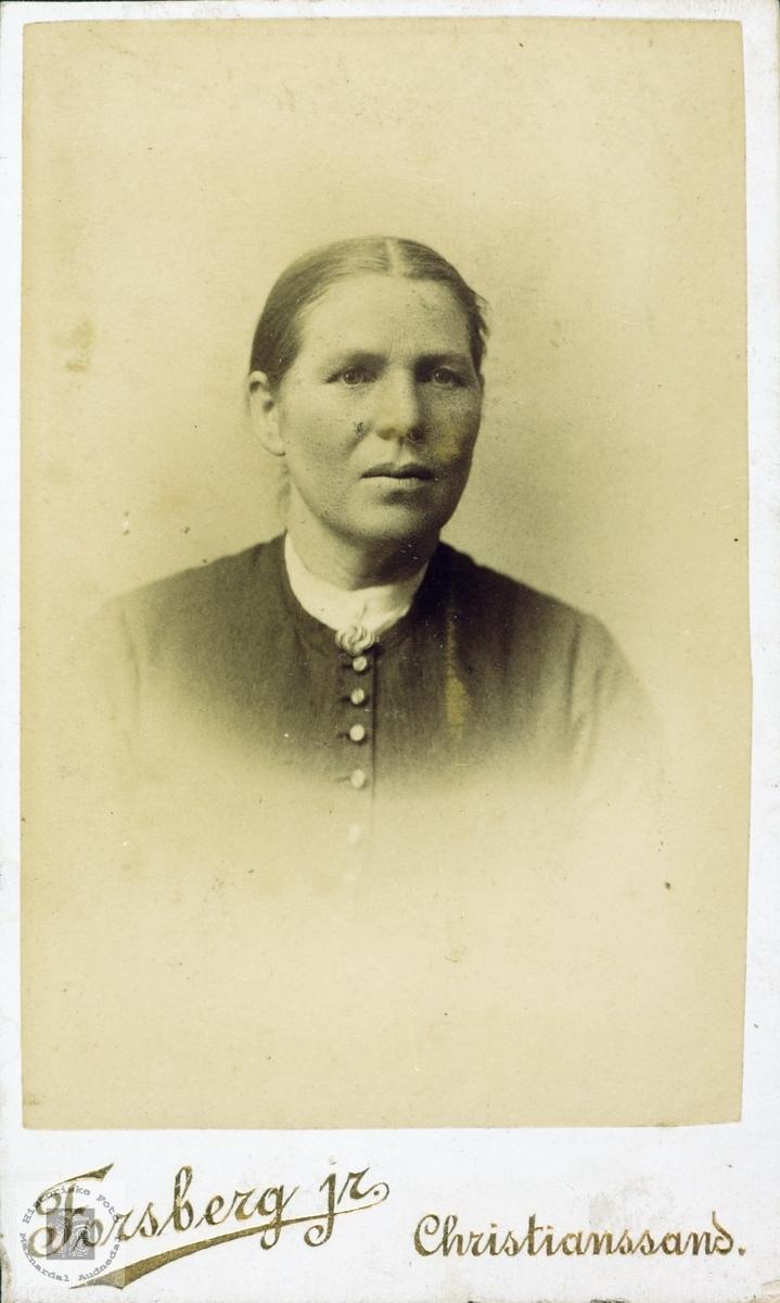 Portrett av Anna Homme fra Bjelland gift Seland i Grindheim Audnedal.