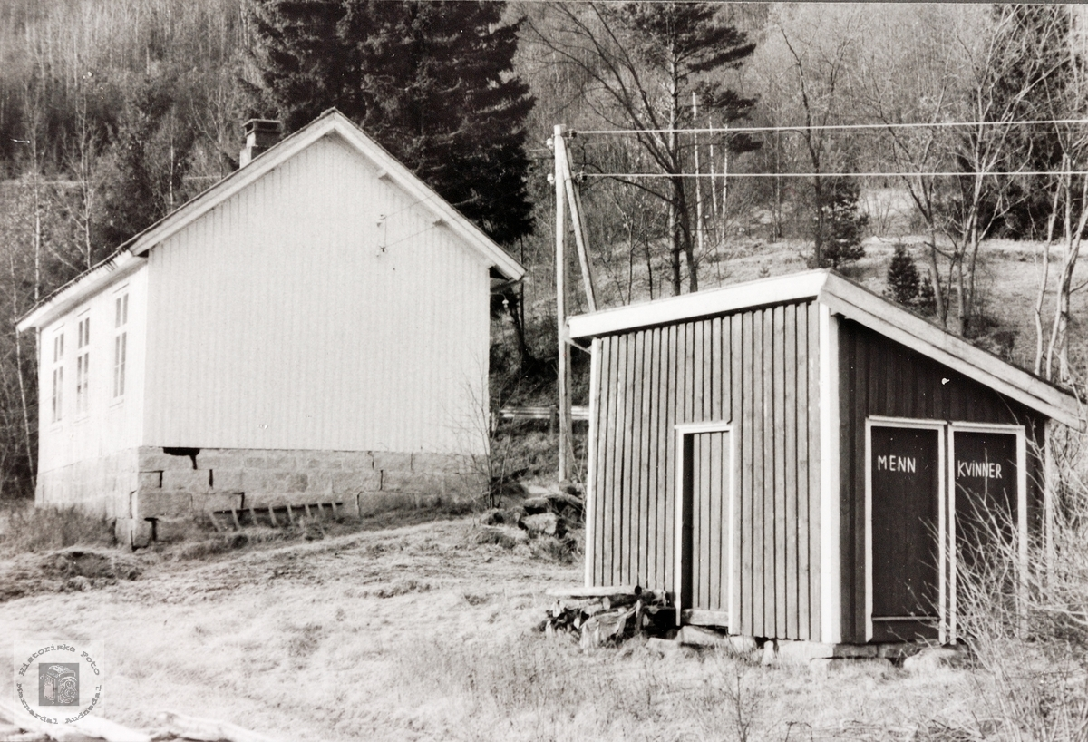 Skolehuset i Øydna og Høyland skolekrets. Grindheim.