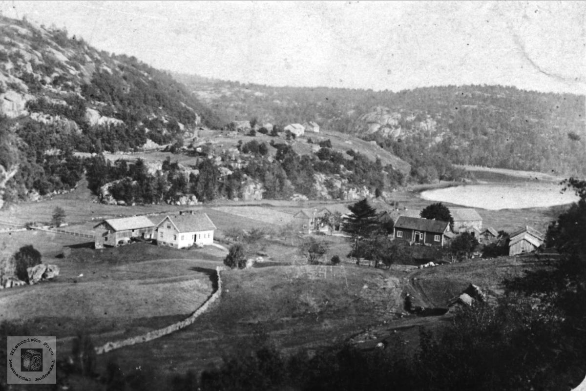 Gardsbilde på Breland i Øyslebø.