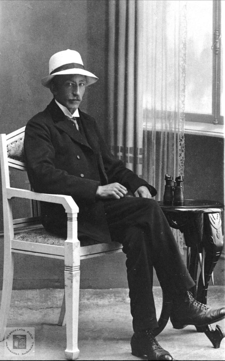 Portrett av Nils Andreas Breland, Øyslebø.