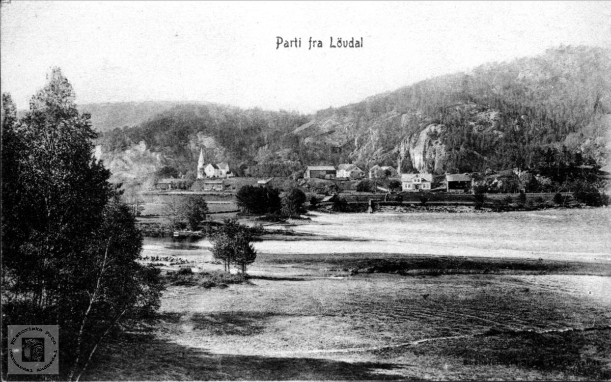 Løvdal nå Laudal med Mandalselva i sitt opprinnelige løp.