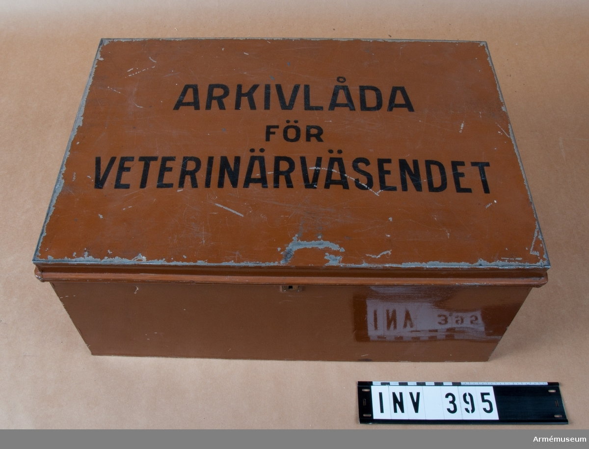 Arkivlåda för veterinärväsendet.