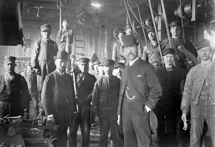 Anställda vid Uddevalla Gjuteri och Mekaniska Verkstad