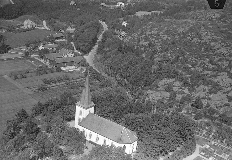 """Enligt Flygtrafik Bengtsfors: """"Askim kyrka Bohuslän""""."""