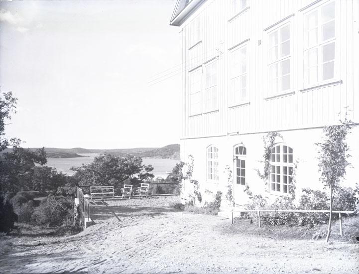 """""""1930. 80. Västkustens skola. Under rektor Hellerstedt tid."""""""