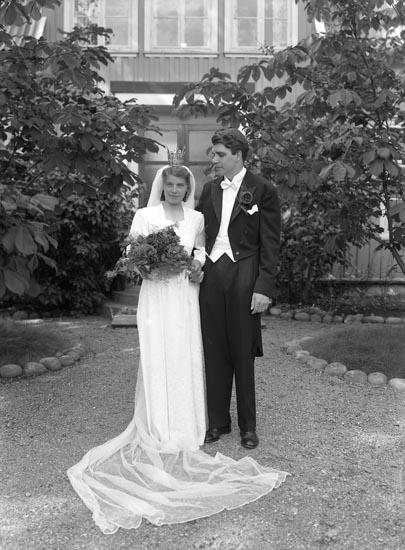 Brudparet Norborg, Foss prästgård 1948
