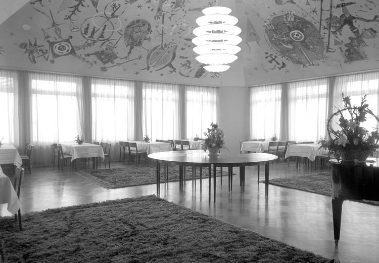 """Lysekil. Interiör. Festsal, Hotell Lysekil. 1952"""
