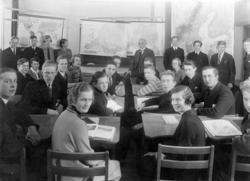 Läroverksklass i geografisalen 1923