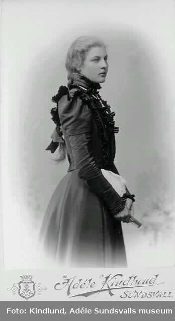 Lilly E (Edwall?) Sommaren 1899.