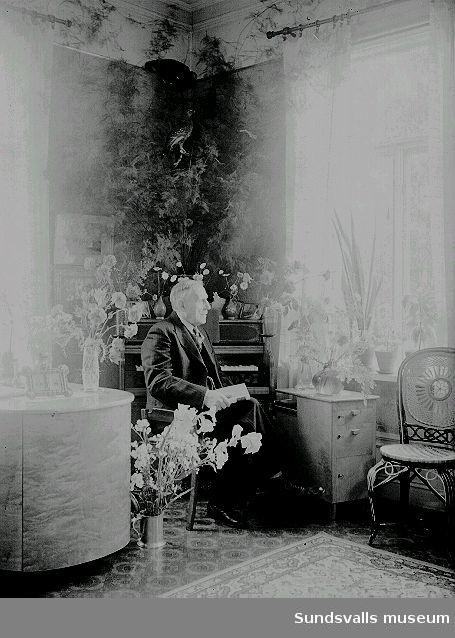 Lars Johan Näslund, mjölnare och amatörfotograf. Fotograf Ester Näslunds far.