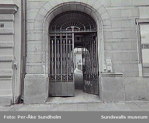 Trapphus, Bankgatan 7.
