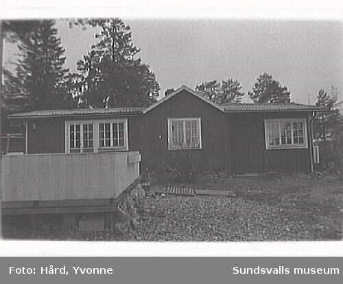 Fiskarstugor, sommarstugor och kapellet vid Spikarna, Alnö.