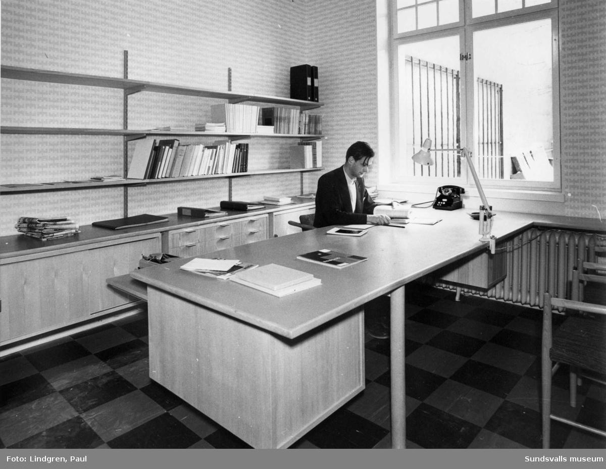 Museichefen Ingemar Thunander på sitt kontor.