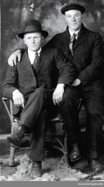 Frå venstre: Per A. Thorset og Eirik K. Thorset. Båe emigrerte til USA, men Eirik kom attende etter nokre år.