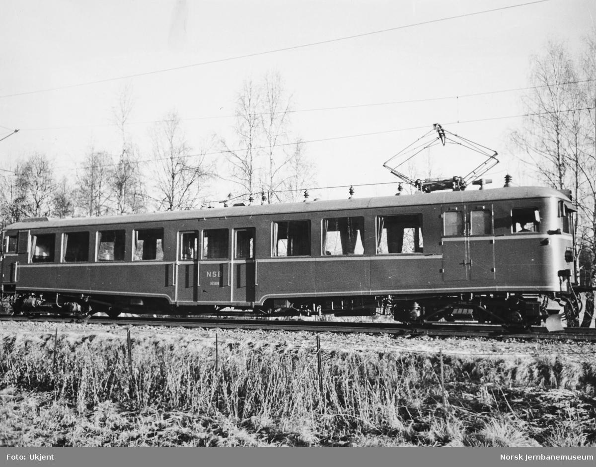Elektrisk motorvogn litra Cmeo type 105 nr. 18509 som ny