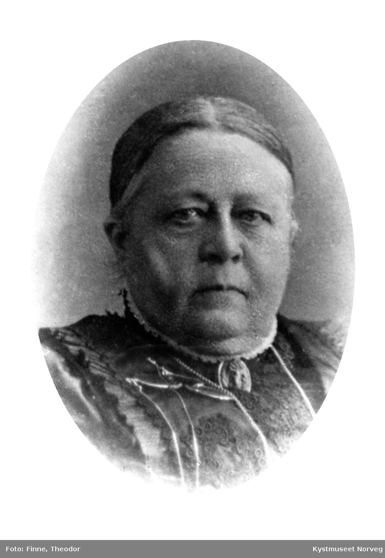 Betzy Berg, kjøpmann Johan Bergs frue