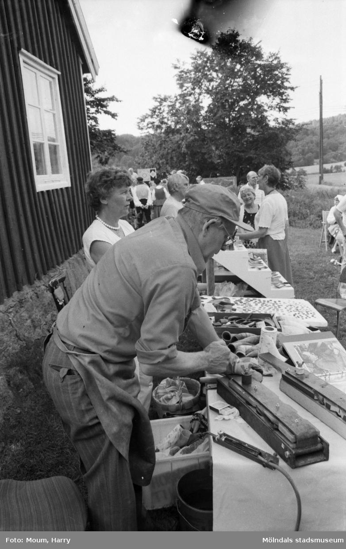 Hembygdsdag på Långåker i Kållered, år 1984.  För mer information om bilden se under tilläggsinformation.