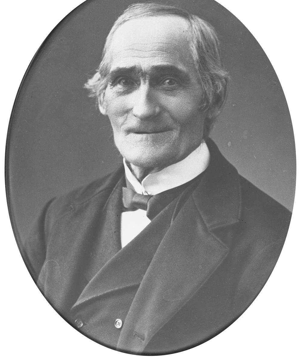 Portrett av Julius Sundby (1860 - 1940)