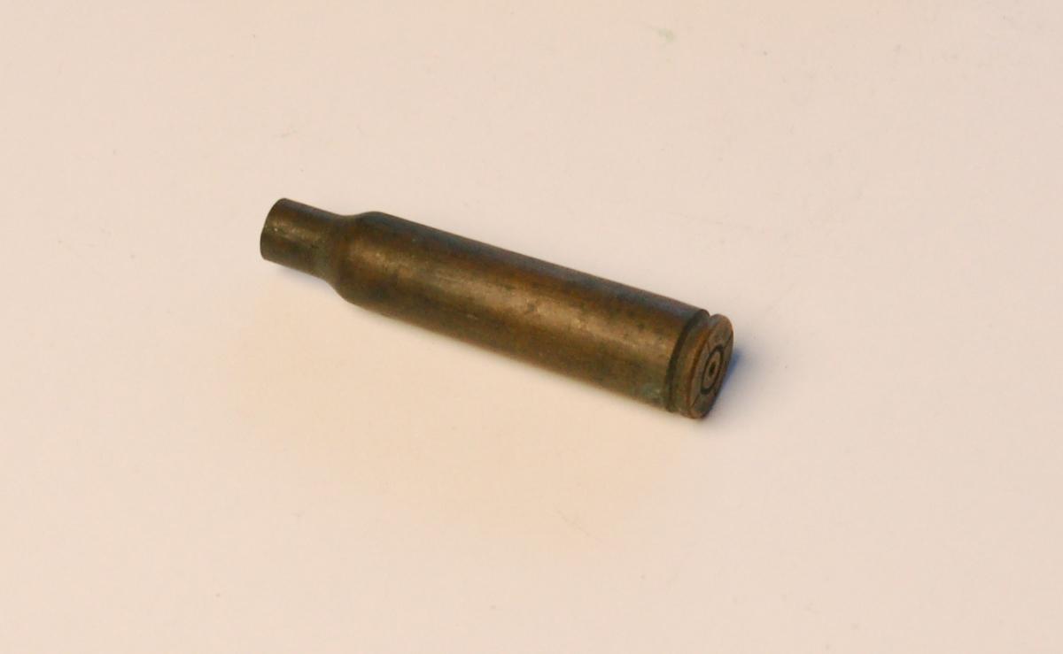 Flaskeformet patronhylse i 6,5 mm.