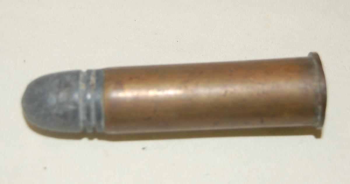 Sylinderformet patron med blykule