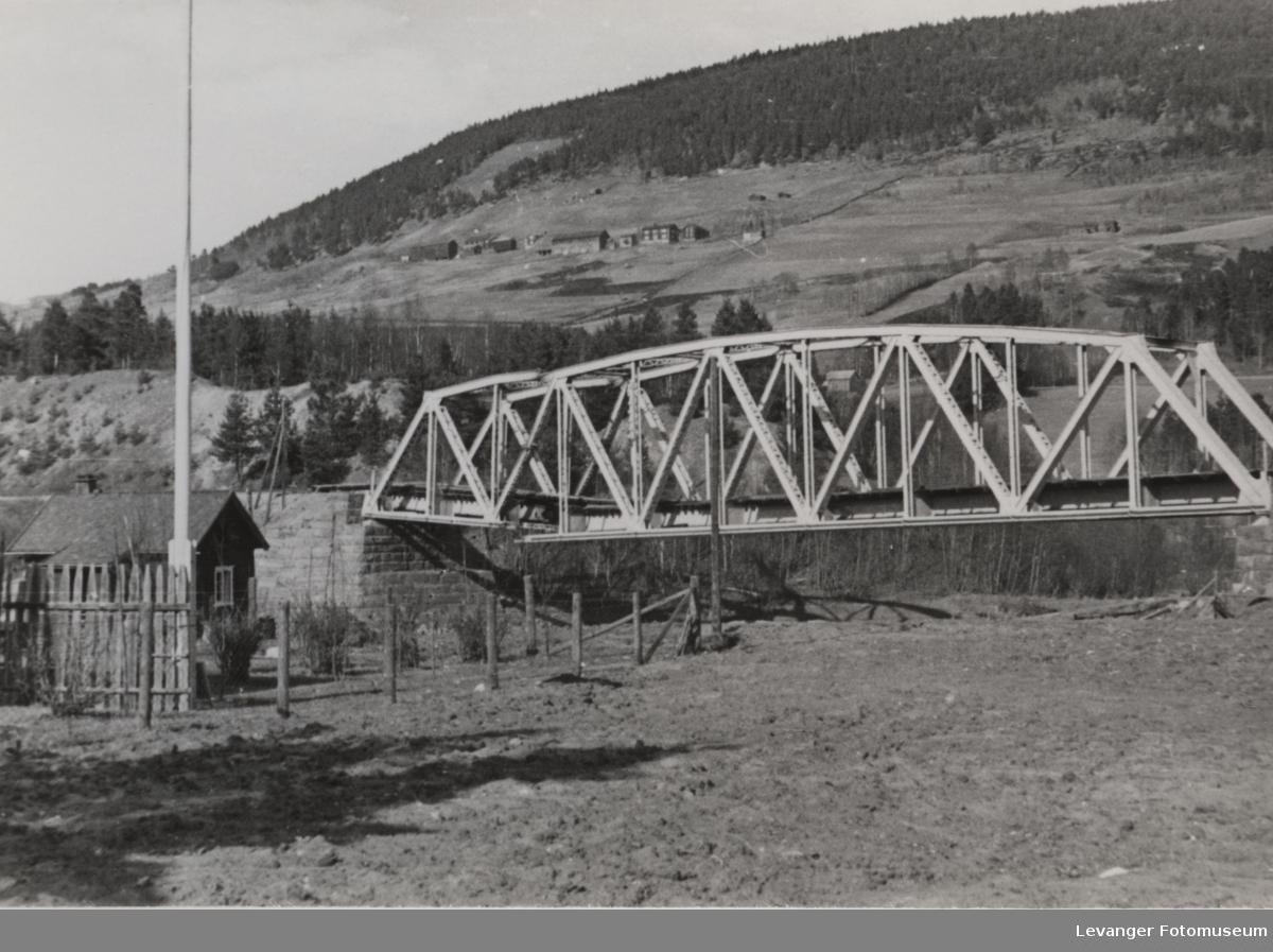 Mislykket sprengning av en bro.