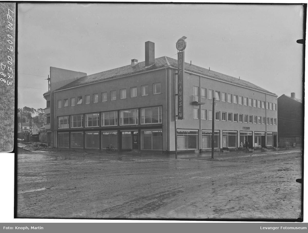 Rolf Hansens bygg og manefaktur i Steinkjer  V