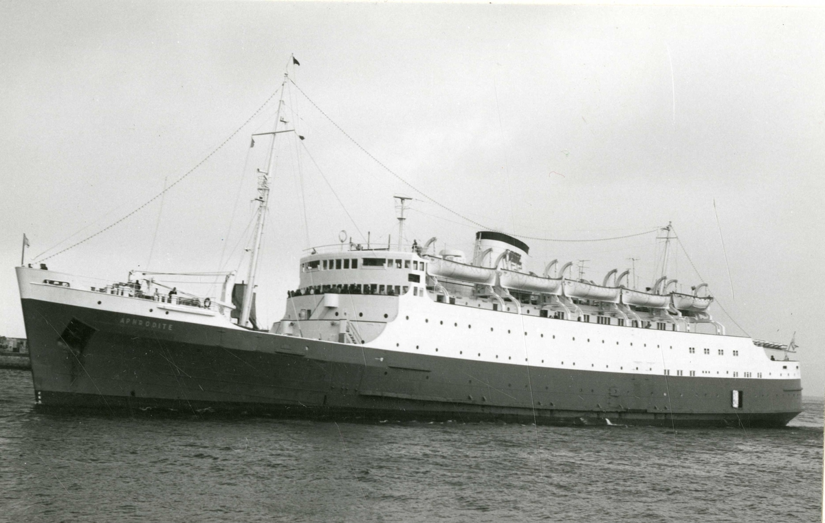M/S Aphrodite (Ex. Leinster I, Leinster)(b.1948, Harland & Wolff Ltd., Belfast). Rederi: Med Sun Lines Ferry Ltd.