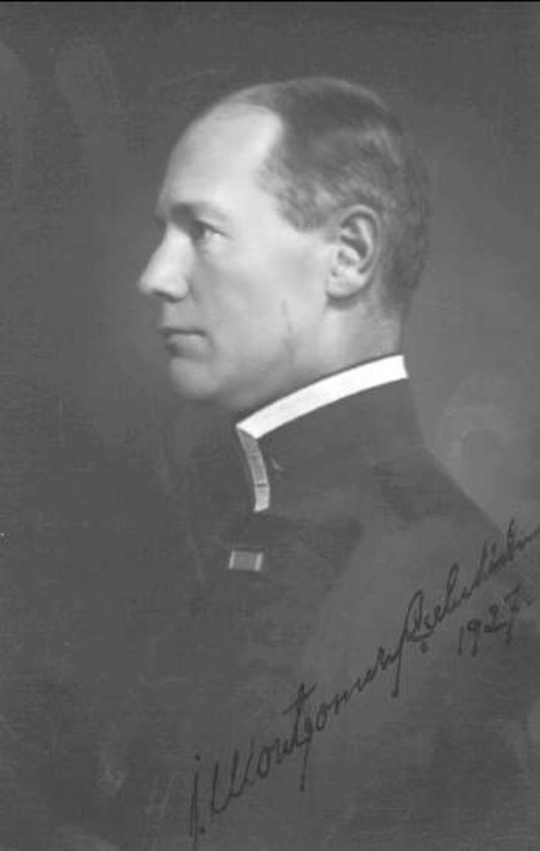 Major John Montgomery-Cederhielm. Klädsel bigesch.