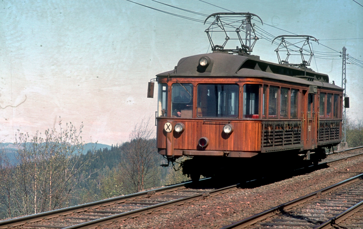 A/S Holmenkolbanen. Tryvannsbanen. Vogn 202, type 1934 (Skabo, Westinghouse).