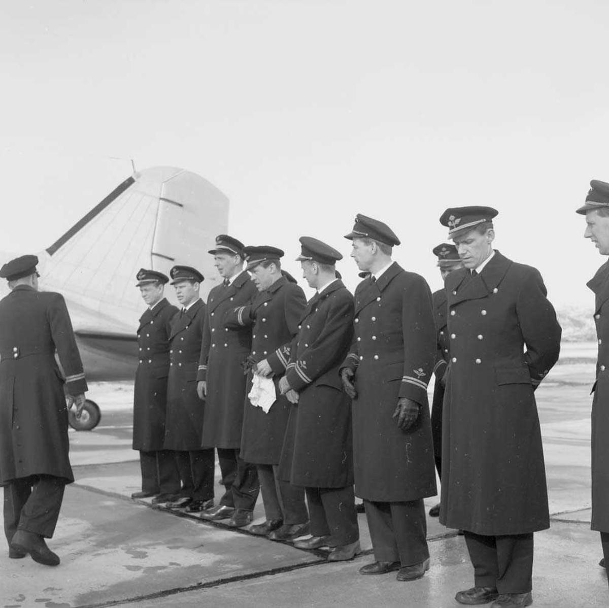 Svensk besøk på Bodø flystasjon.