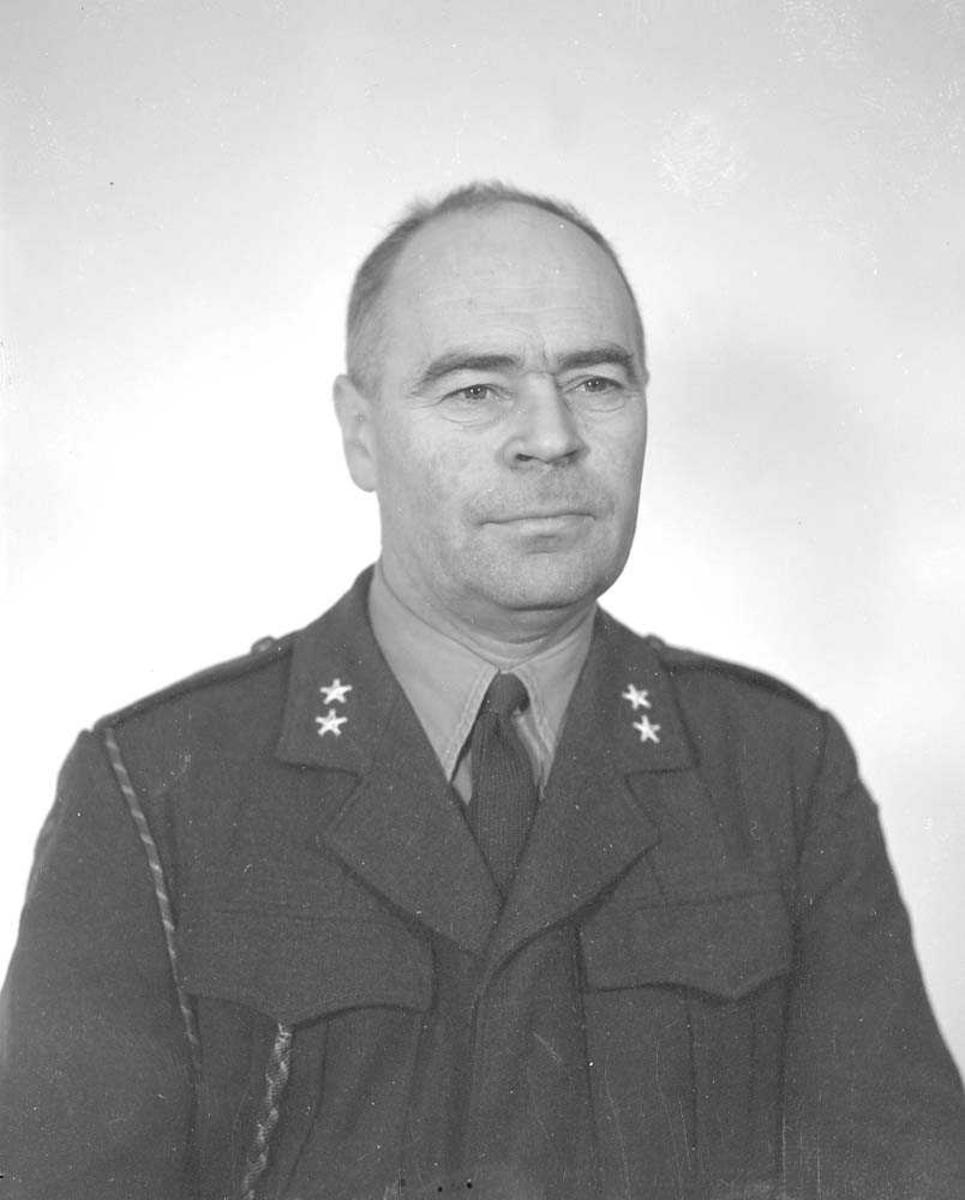 Portrett av Løytnant Ålberg, Stridsvogntroppen, Bodin leir.