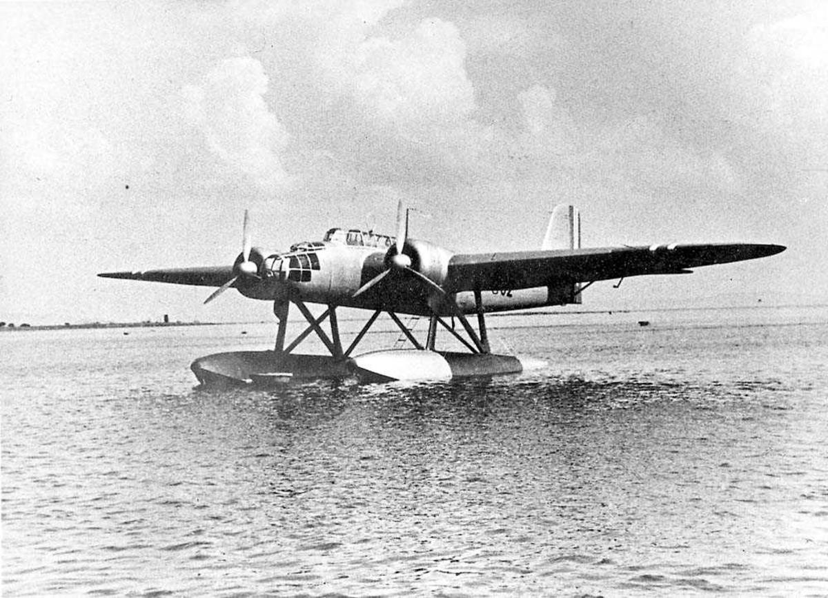Ett fly på vannet, Heinkel He 115.