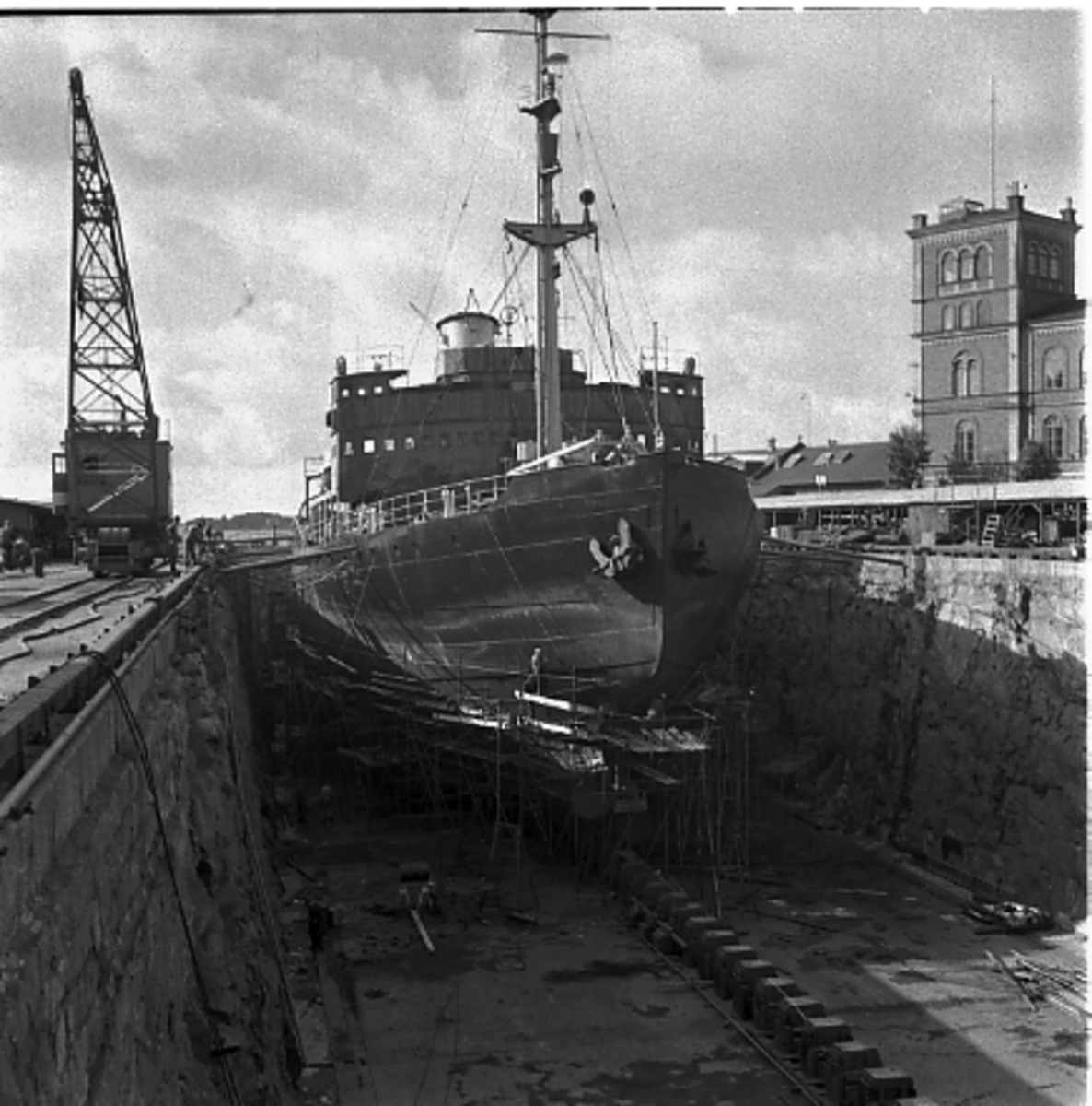 Fartyg: YMER                            Övrigt: Isbrytaren Ymer i Oscarsdockan