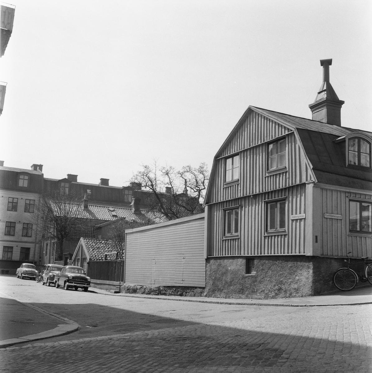 Övrigt: Fotodatum:1/7 1959 Byggnader och Kranar. Sparrensgatan
