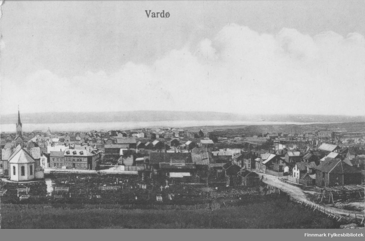 Postkort med trykt tekst: 'Vardø'