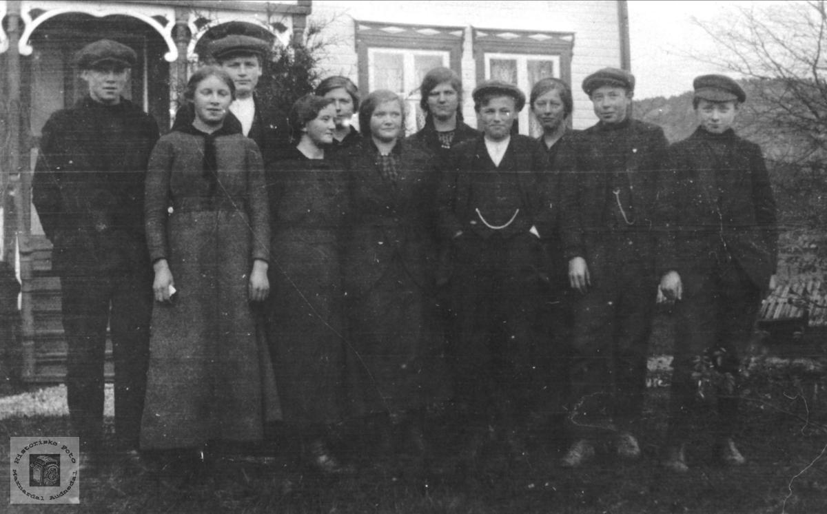 Framhaldskolen Øyslebø 1916-1917