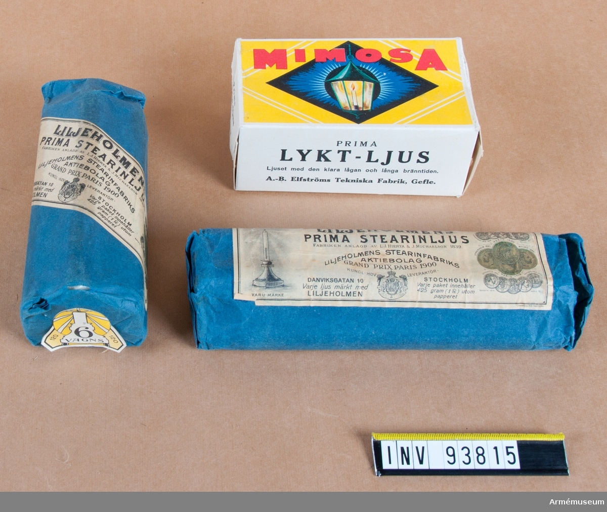 Tre förpackningar av stearinljus. Två från Liljeholmens och en från Elfströms tekniska fabrik i Gävle.