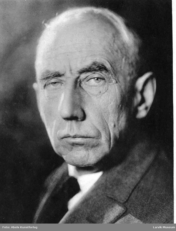 fotomontasje, portrett, fartøy, Roald Amundsen